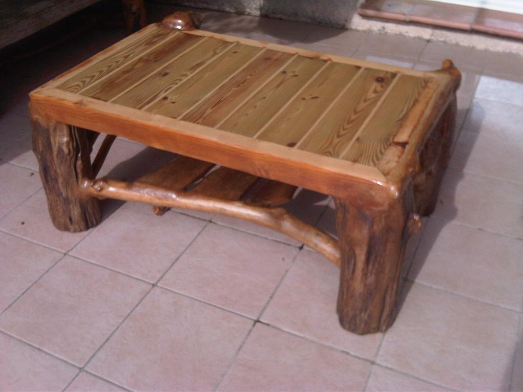 Table basse après plateau et vernis